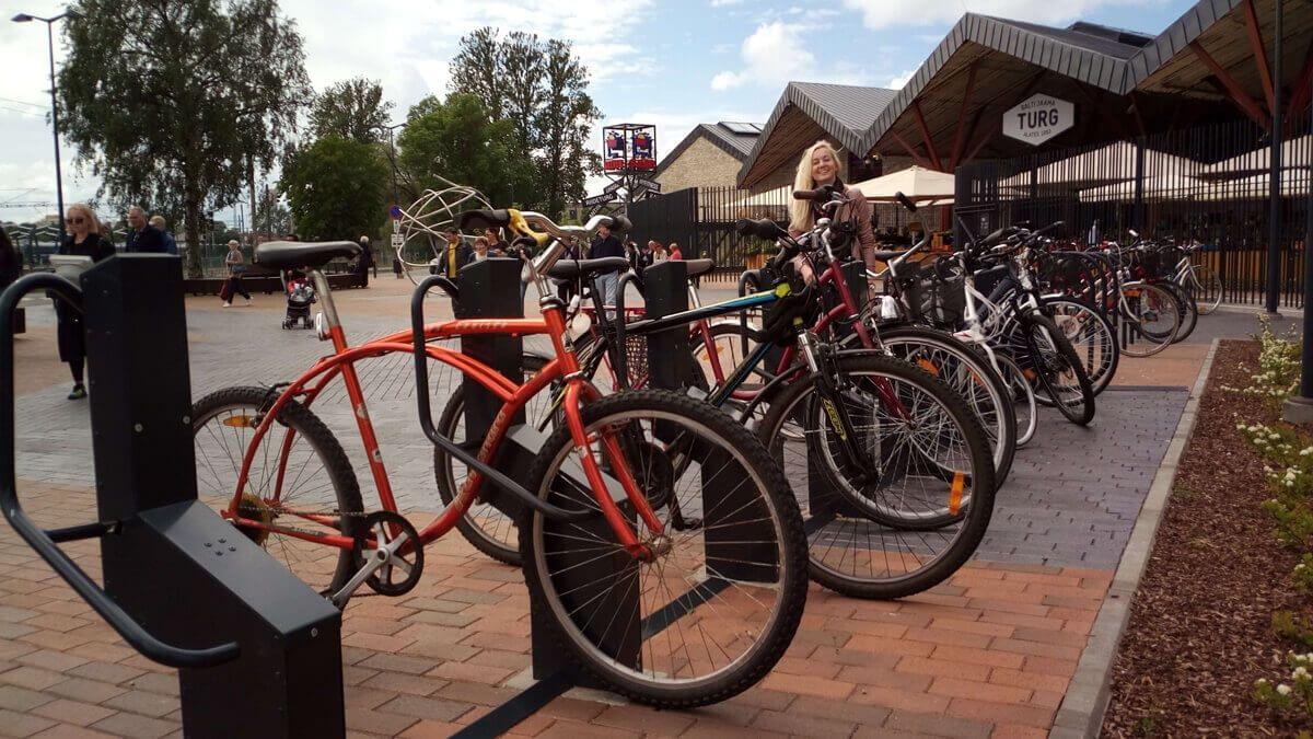 steel-and-frame-locked-bike-parking