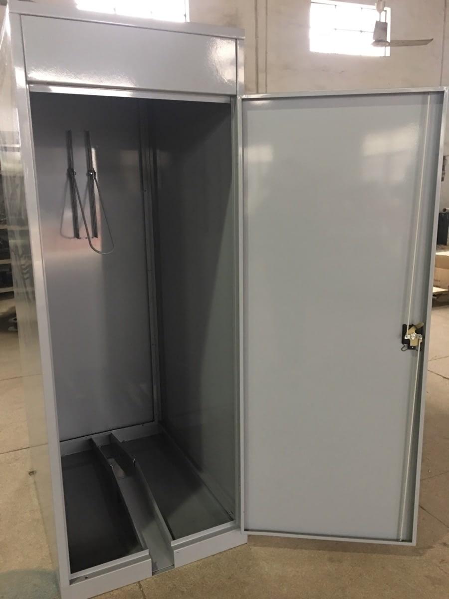 vertical locker